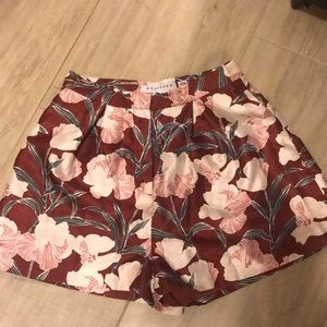 Beautiful floral high waisted shorts